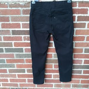 Levi's black tab cropped ankle pants size 6